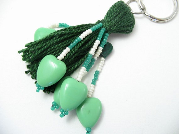 Luck o' the Irish Green Heart Beaded Tassel Keyring