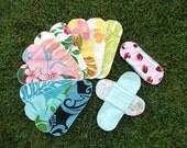 10 Aloha Print Cloth Menstrual Pads Pantyliners w / 2 Detached Wings - LONG