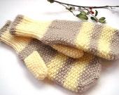 Knitted mittens, yellow mittens, beige women mittens, gloves