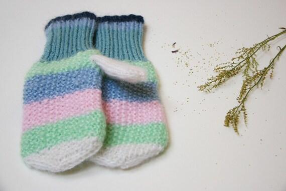 Pastel winter mittens, women mittens, knitted gloves, gloves