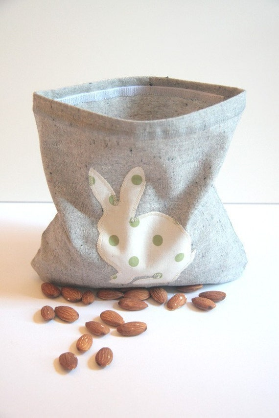 2 Reusable Organic Sandwich/Snack Bags with Bunny