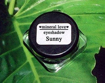 Sunny Small Size Eyeshadow