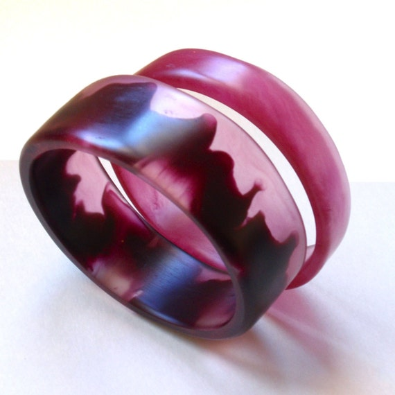 Bruised Pink.. thin resin bangle set