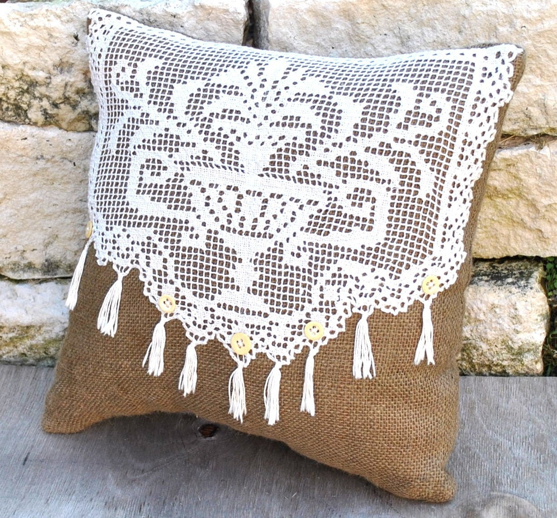 Vintage Pillows: Vintage Crochet And Burlap Pillow