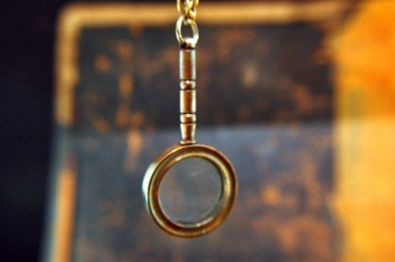 50% OFF Brass Miniature Magnifying Looking Glass Pendant Necklace -- Steam Punk Fashion Jewelry