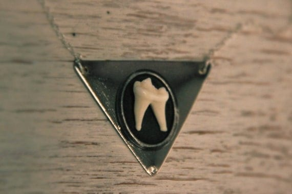 TAXIDERMY COUTURE Coyote Molar Tooth Geometric Silver Triangle Pendant on anSterling Silver chain Original Design