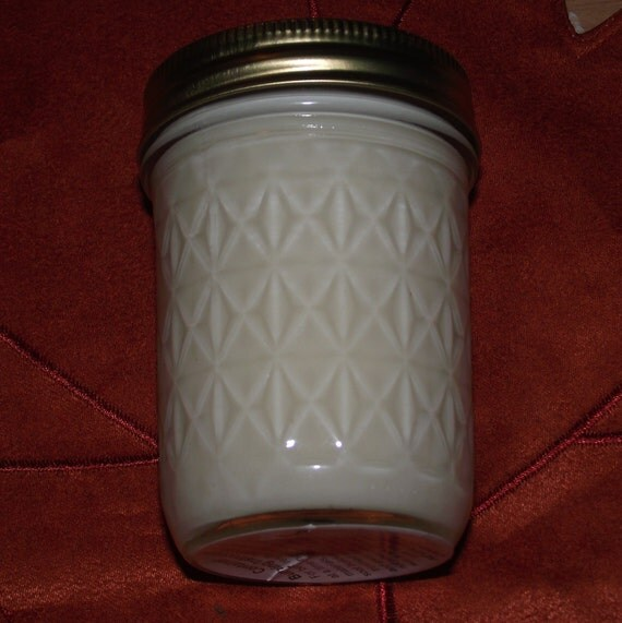 Hand poured scented Soy Wax 8 oz. Candles (Buttercream Frosting)