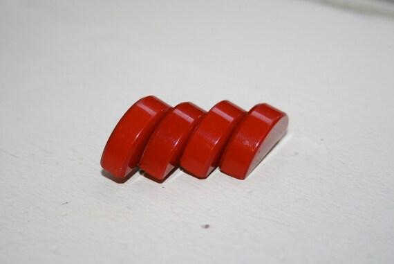 Vintage 1930s Cherry Red Bakelite Brooch