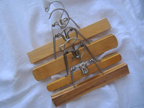 Vintage Wooden SETWELL Clamp Clothes Hangers (( pants, skirts more... ))