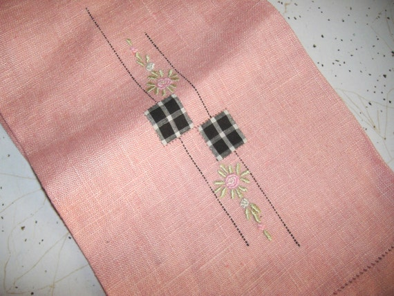 Vintage Rose Pink Linen Guest Towel . . . 17 X 26 inches