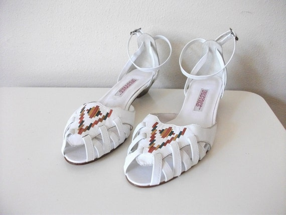 Southwestern White Leather 80s Sandals, Size 7