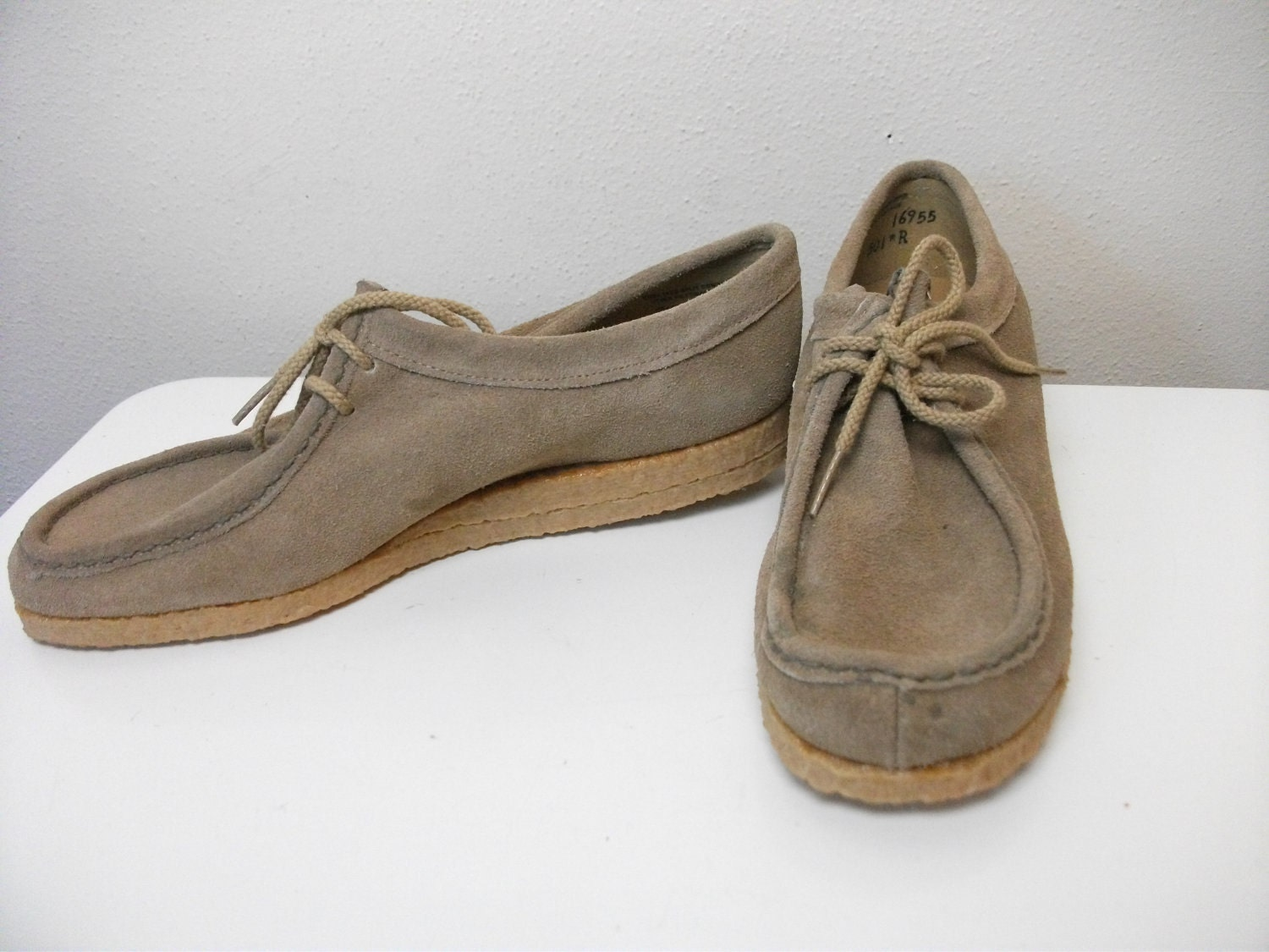 1970s Tan Suede Earth Shoes Size 7 5