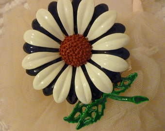 Nice Vintage Daisy Brooch Red, White,Blue, Green