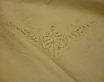 Vintage French Sheet ~ Hand Embroidered Sheet ~  Ivory Fine Linens~ Fancy Bedding ~ Shabby Chic Bedding ~ Unique Gift