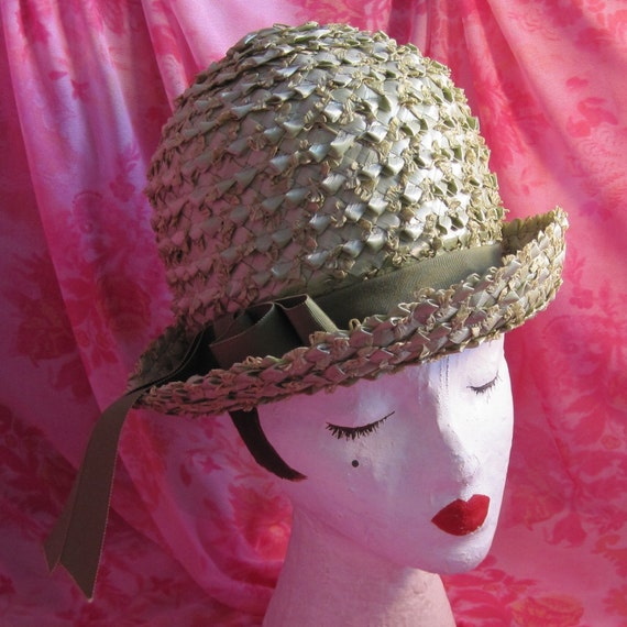 Green Vintage Hat with Bow