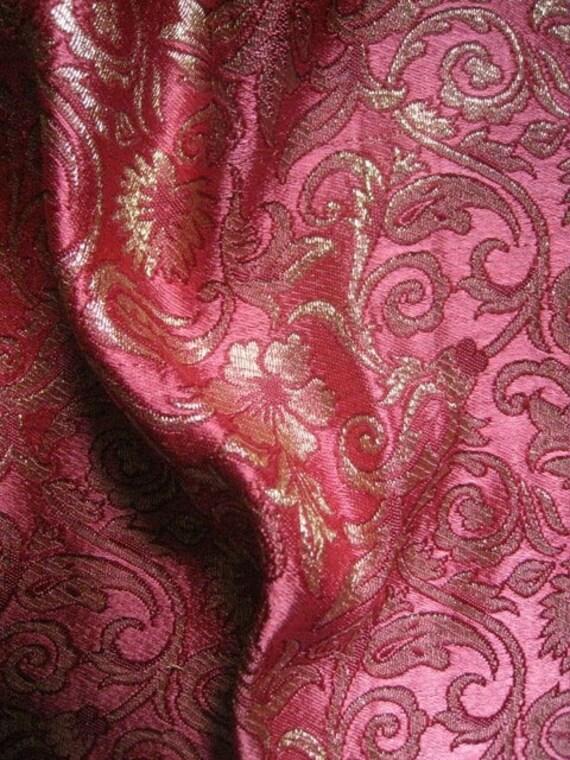 Pink Maroon Floral Paisley Design Brocade Silk - Fat quarter