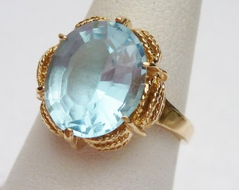 10kt Synthetic Blue Birthstone Ring 1960s
