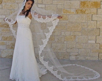 Mantilla Veil with Beaded Lace in CATHEDRAL LENGTH, Spanish lace veil with lace trim, wedding lace veil with silver or gold thread accent