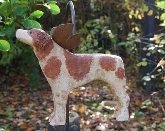 carved brittany spaniel