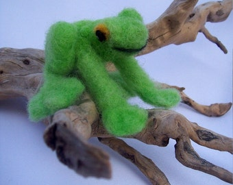 OOAK Green Smiling  Frog Needle Felted Soft Sculpture