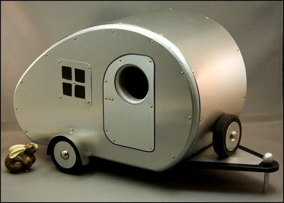 Vintage Teardrop Camper Birdhouse