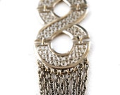 Vintage 1970's Funky Silver tone Fillagree 7 inch Long Tassel Pendant Necklace