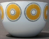 Vintage Mid Century Modern Finel of Finland Enameled Yellow and White Sunflower Bowl