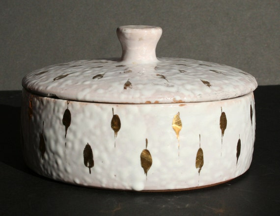 Vintage Mid Century Modern Made in Italy Gold and White Lidded Candy Dish