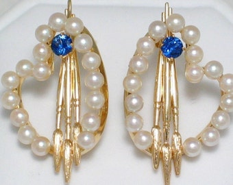 Beautiful 14k gold Artist Palette earrings accented with paint brushes pearls and Vivid blue sapphire