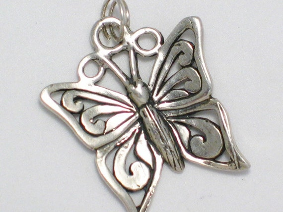 pre owned vintage estate  butterfly fiigree nature theme 925 sterling silver bracelet charm or pendant