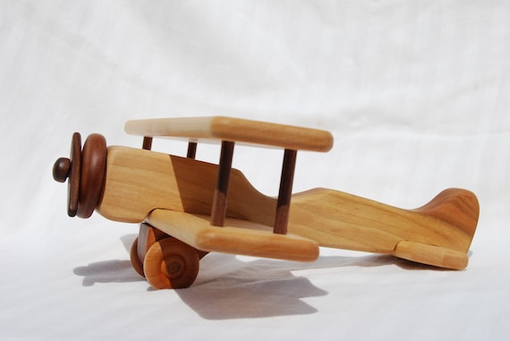 how to build a wooden model airplane
