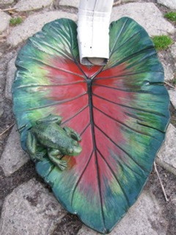 Elephant Ear Leaf With Frog Downspout Splash Guard