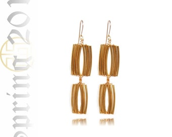 SALE Scalloped Gold Bar Tier Earring, S11-18S