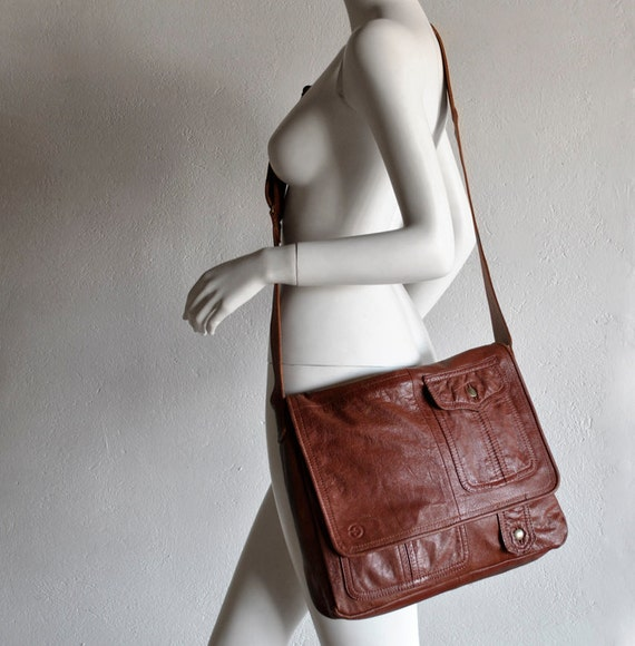 Unisex mate redish brown Messenger bag for laptop, UPCYCLED LEATHER perfect for Macbook