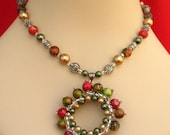 Fairy Ring Woven Green & Red Pendant Necklace Jewelry Handmade Women's Fashion Accessories
