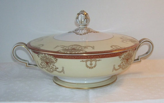 Hand Painted Noritake Japan Dominant Covered Casserole Server Dish, Japanese China Dish, Dominant Dish, Housewares