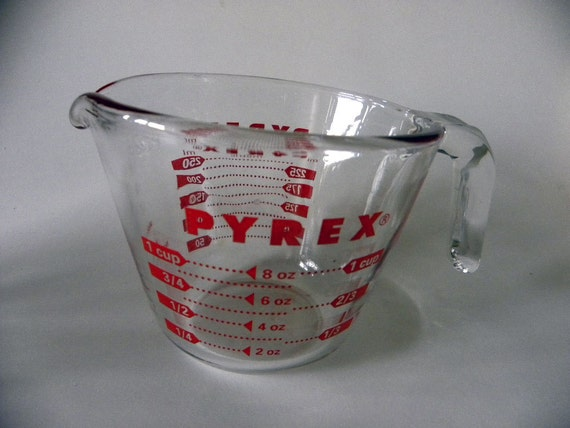 measuring cup pyrex vintage patterns