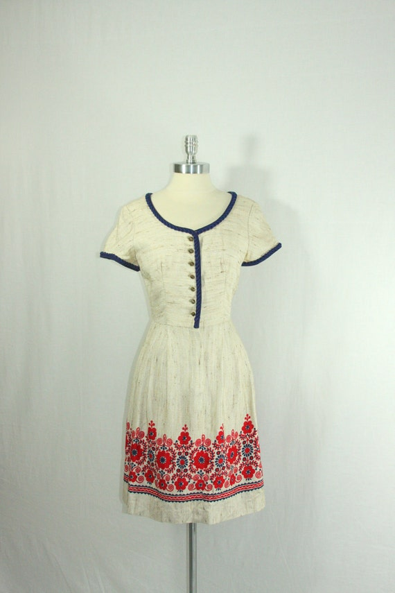 1950s Dress - Vintage Tweed Like Scandinavian Frock with Bold Red and Navy Floral Border Print