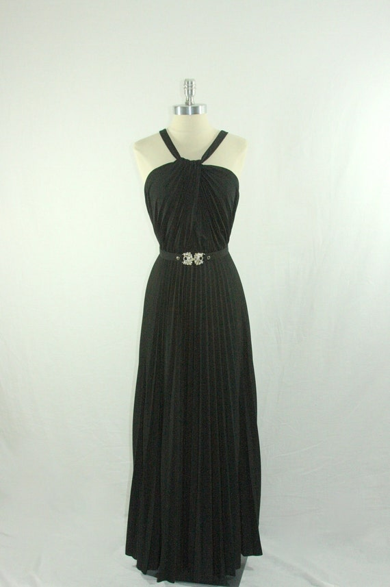 Vintage 1970s  Dress  -   Full Length Maxi Black Pleated Halter Convertible Straps BACKLESS Formal Party Gown