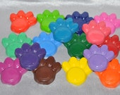 Recycled Crayons Dog Paw Shaped Total of 16 Crayons.  Boy or Girl Kids Unique Party Favors, Crayons.