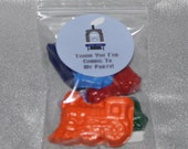 Tain Party Favor Crayons, Train Party Favors, Recycled Crayons Train Shaped Party Set For 20 Kids Total of 120 Crayons and 20 Stickers.