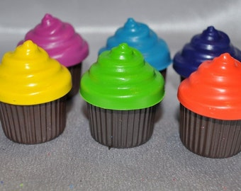 Recycled Crayons Cupcake Shaped Total of 6.  Boy or Girl Kids Unique Party Favors, Crayons.