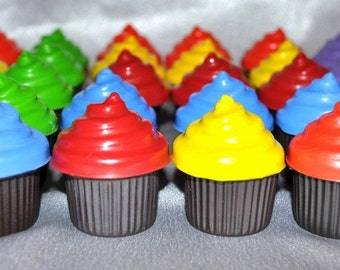 Recycled Crayons Cupcake Shaped - Total of 30 Cupcake Crayons, Kids Party Favors.  Boy or Girl Kids Unique Party Favors, Crayons.