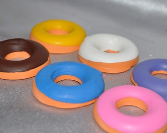 Recycled Crayons Donut Shaped - Total of 6 Crayons.  Boy or Girl Kids Unique Party Favors, Crayons.