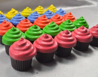 Cupcake Shaped Recycled Crayons- Set of 25.  Boy or Girl Kids Unique Party Favors, Crayons.