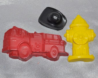 12 Fire Truck, 12 Firemen Hats Shaped, 12 Fire Hydrant Recycled Crayons.  Boy or Girl Kids Unique Party Favors, Crayons.