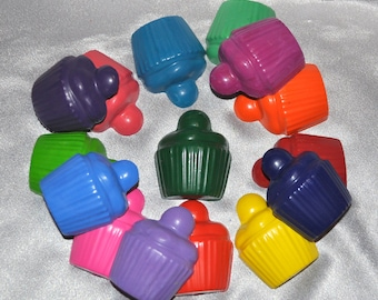 Recycled Crayons Cupcake with a flat back, Total of 15.  Boy or Girl Kids Unique Party Favors, Crayons.