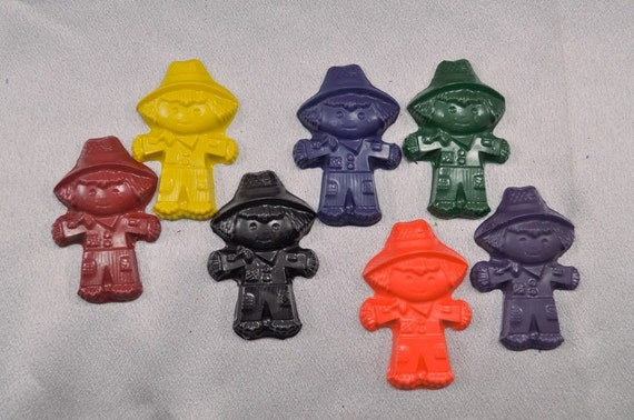 Recycled Crayons Scarecrow Shaped Total of 26 Crayons.  Boy or Girl Kids Unique Party Favors, Crayons.
