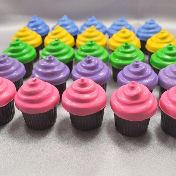 Recycled Crayons Cupcake Shaped - Set of 25.