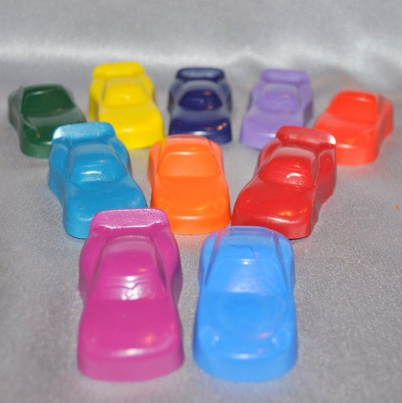 Car Crayons, Car Shaped / Total of 10.  Boy or Girl Kids Unique Party Favors, Crayons.